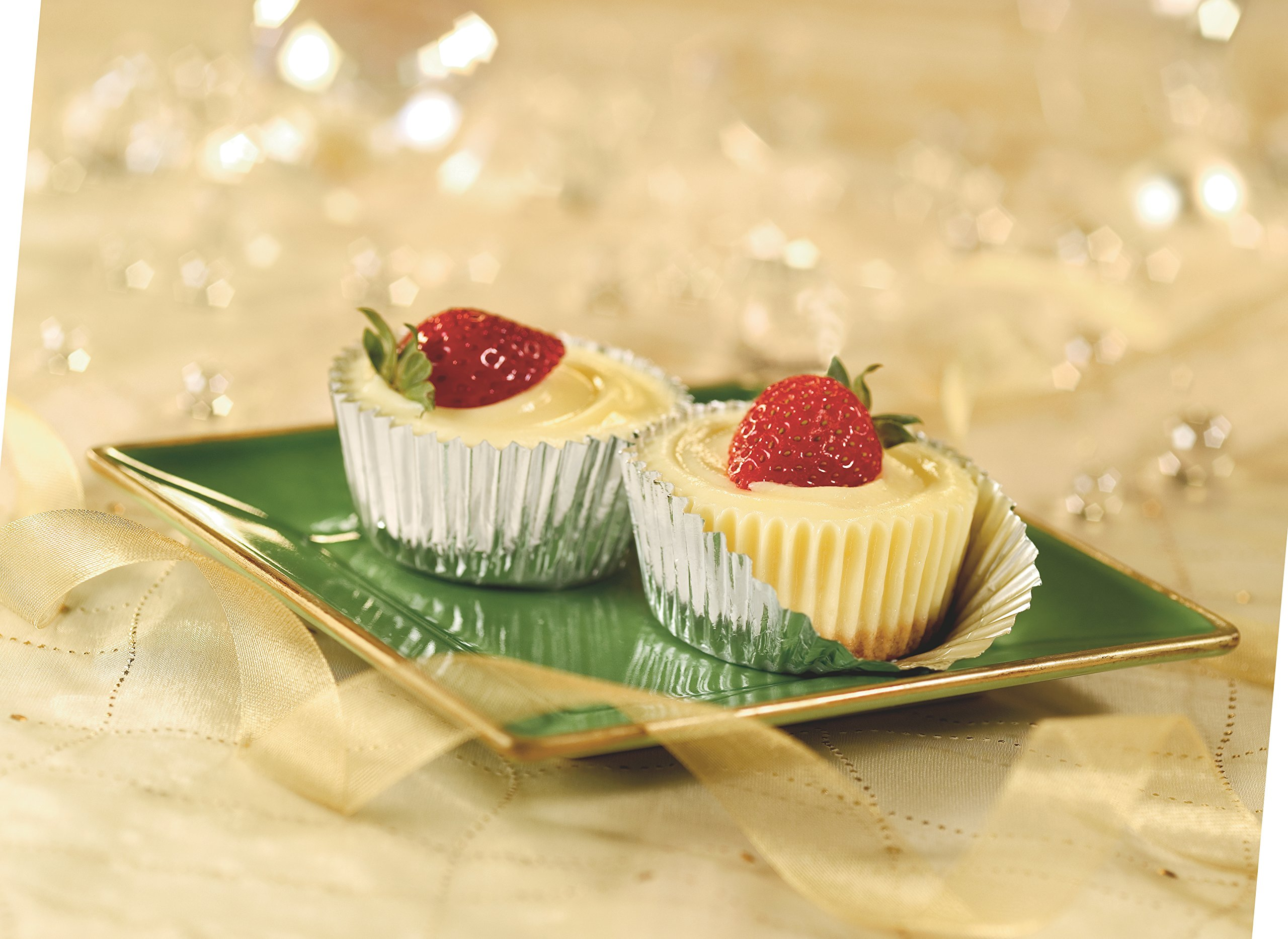 Reynolds Cupcake Liners/Muffin Cups/Baking Cups (Foil, 32 Count, Pack of 24) by Reynolds