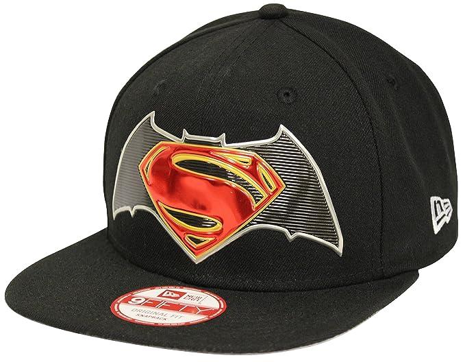 b6b6b46d019 New Era 9Fifty Title Chrome Batman V Superman Black Snapback  Amazon ...