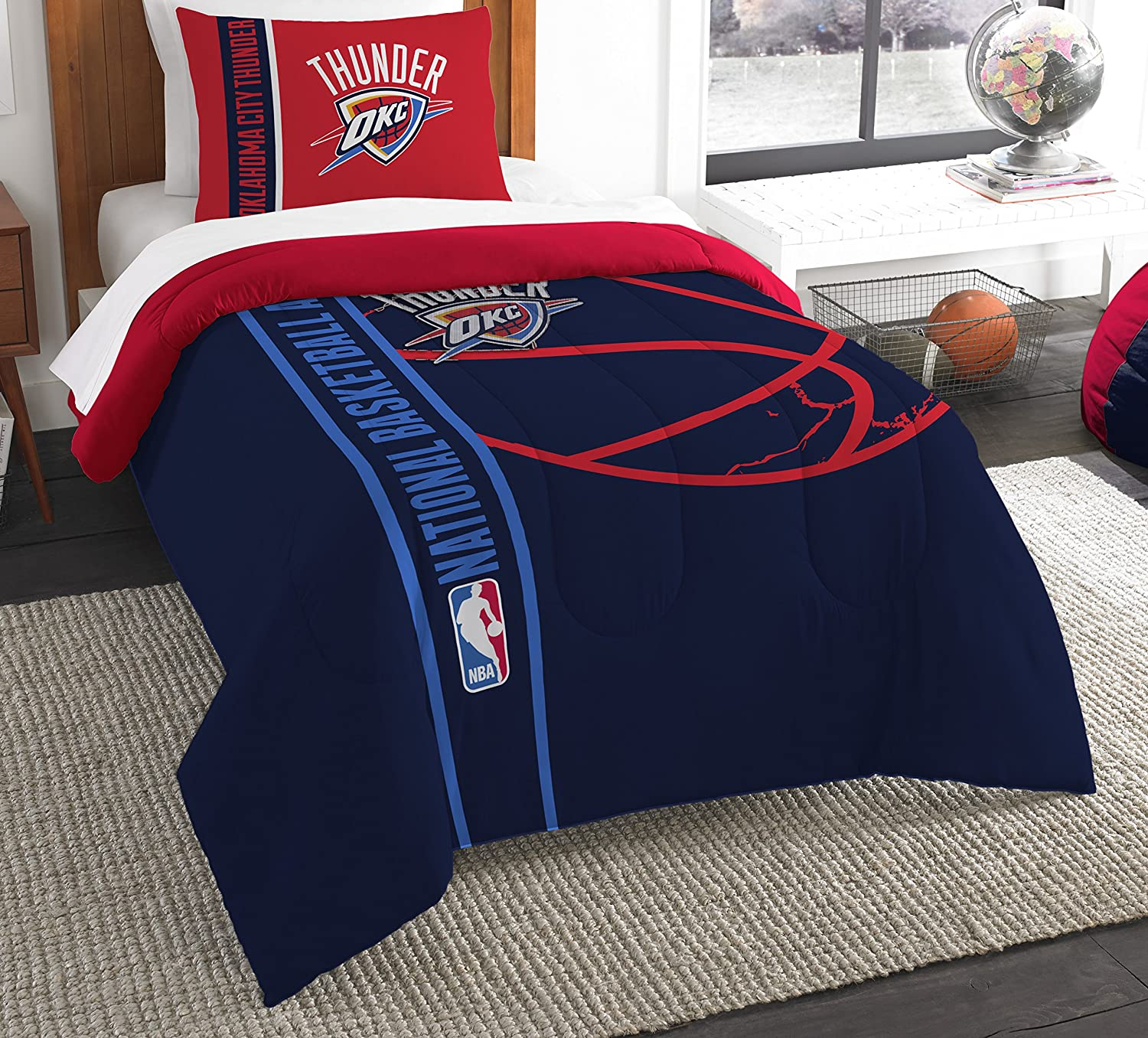 Amazon Com The Northwest Company Officially Licensed Nba Oklahoma City Thunder Reverse Slam Full Queen Comforter And 2 Sham Set Sports Outdoors