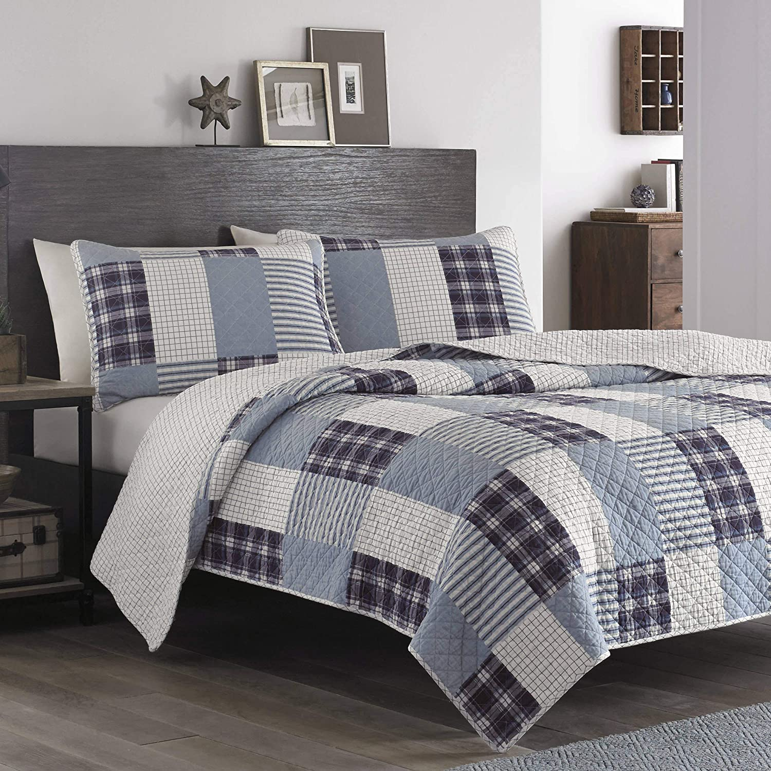 Amazon Com Eddie Bauer Camino Island Collection 100 Cotton Reversible Light Weight Quilt Bedspread With Matching Shams 3 Piece Bedding Set Pre Washed For Extra Comfort King Plum Home Kitchen
