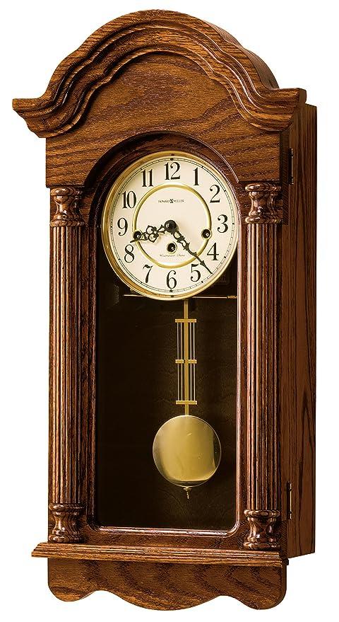 Amazon Com Howard Miller 620 232 Daniel Wall Clock Home Kitchen
