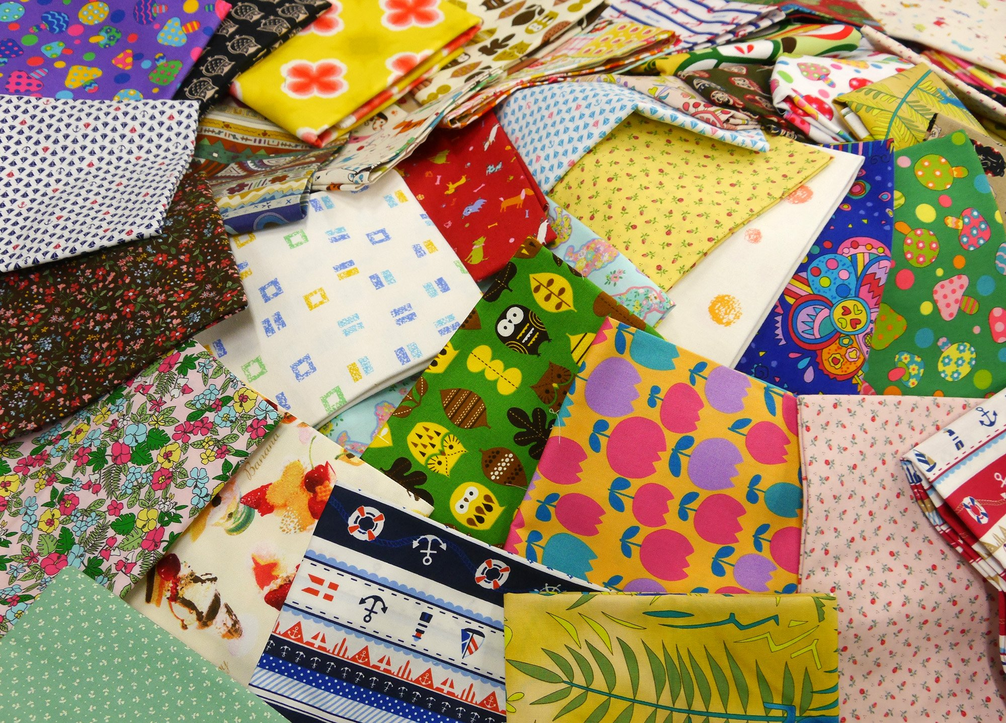 About 110cm ~ cloth assorted grab-bag set of 5 1m ¦ colors and patterns will leave by Cosmo Textiles