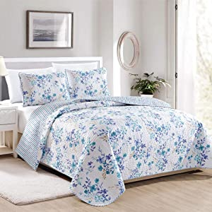 Great Bay Home April Morning Collection 3 Piece Quilt Set with Shams. Reversible Floral Bedspread Coverlet. Machine Washable. (Full/Queen, Multi)