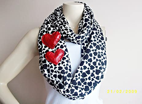 heart infinity scarf valentine scarfcircle scarf loop scarftube scarf