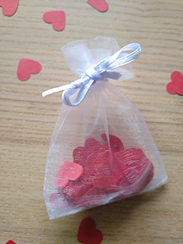 Bolsitas de organza con confeti en forma de corazones para ...