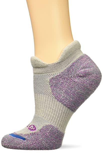 263b02776c Merrell Women's 1 Pack Performance Dual Tab Trail Runner Socks, light gray  Shoe Size: 4-9.5