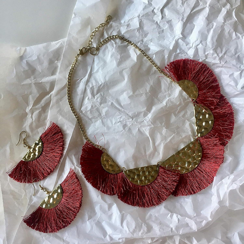 Conjunto collar-gargantilla y pendientes burdeos granate y bronce