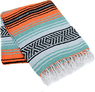 La Montana - Classic Mexican Yoga Blankets - Studio 10-Pack - Machine Washable - Thick and Soft - Great for Camping, Beach, Picnics and Home Decor ...