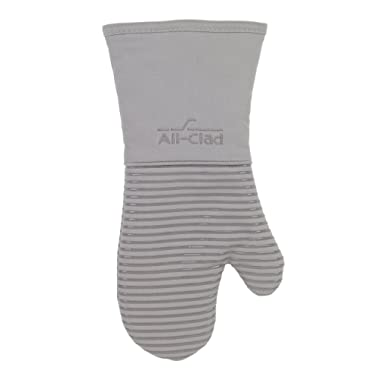 All Clad Textiles Deluxe Heat and Stain Resistant Oven Mitt. Made of Silicone Treated Heavyweight 100-Percent Cotton Twill, Machine Washable, 14 x 6.5 Inches, Titanium