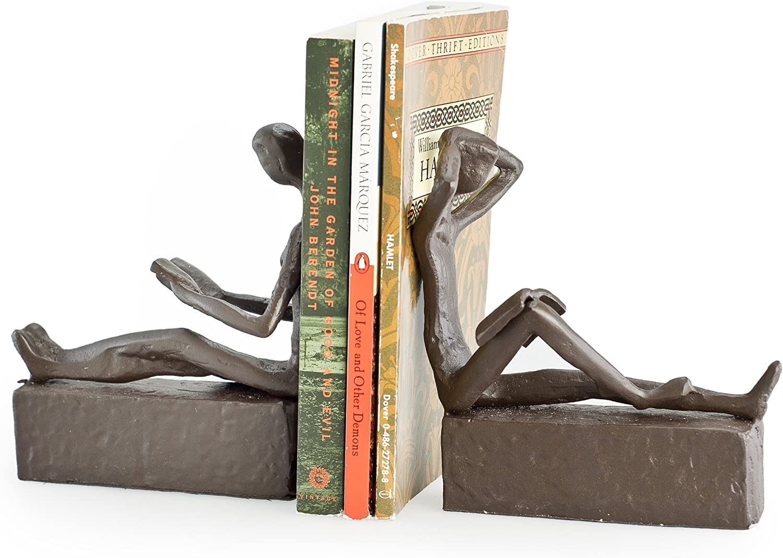 Danya B. ZI09013 Decorative Book Shelf Décor - Man and Woman Reading Metal Bookend Set