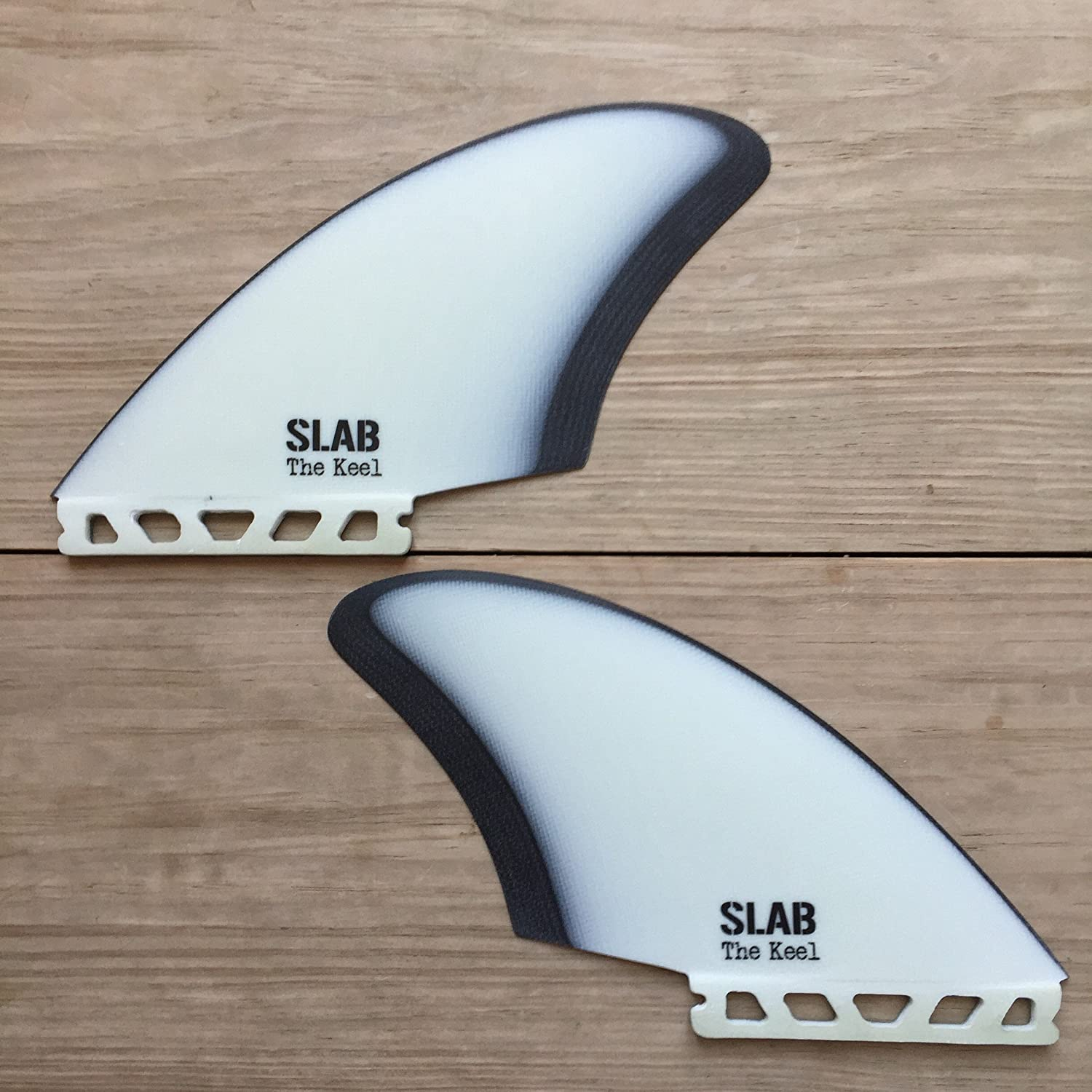 Slab - Twin Keel Retro Black and White Futures: Amazon.es: Deportes y aire libre