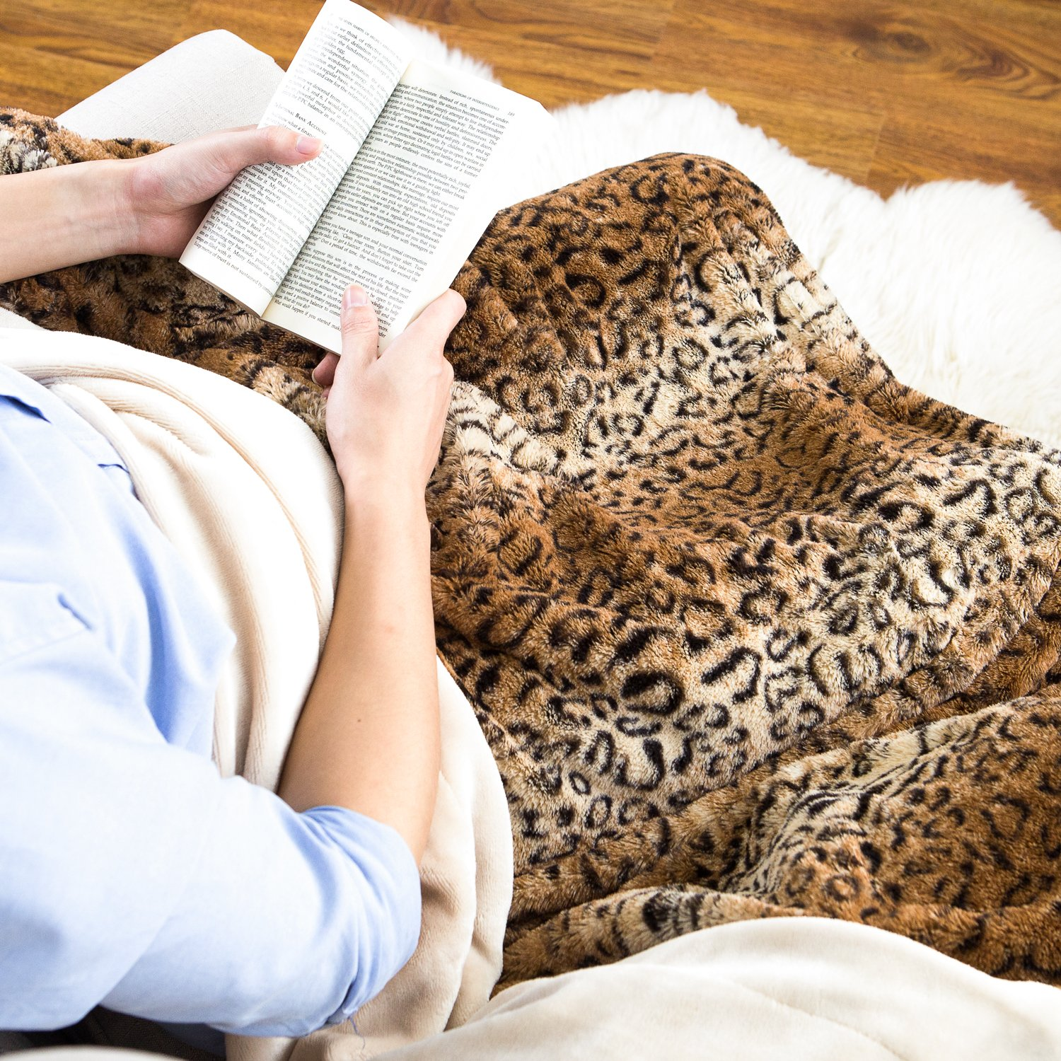BEDSURE More than comfort Leopard Throw Blanket Brown Faux Fur Fleece Bed Throw 130 x 150cm, Soft Warm Fluffy Animal Printed Throws Decorative Blankets Reversible with Sherpa by Bedsure