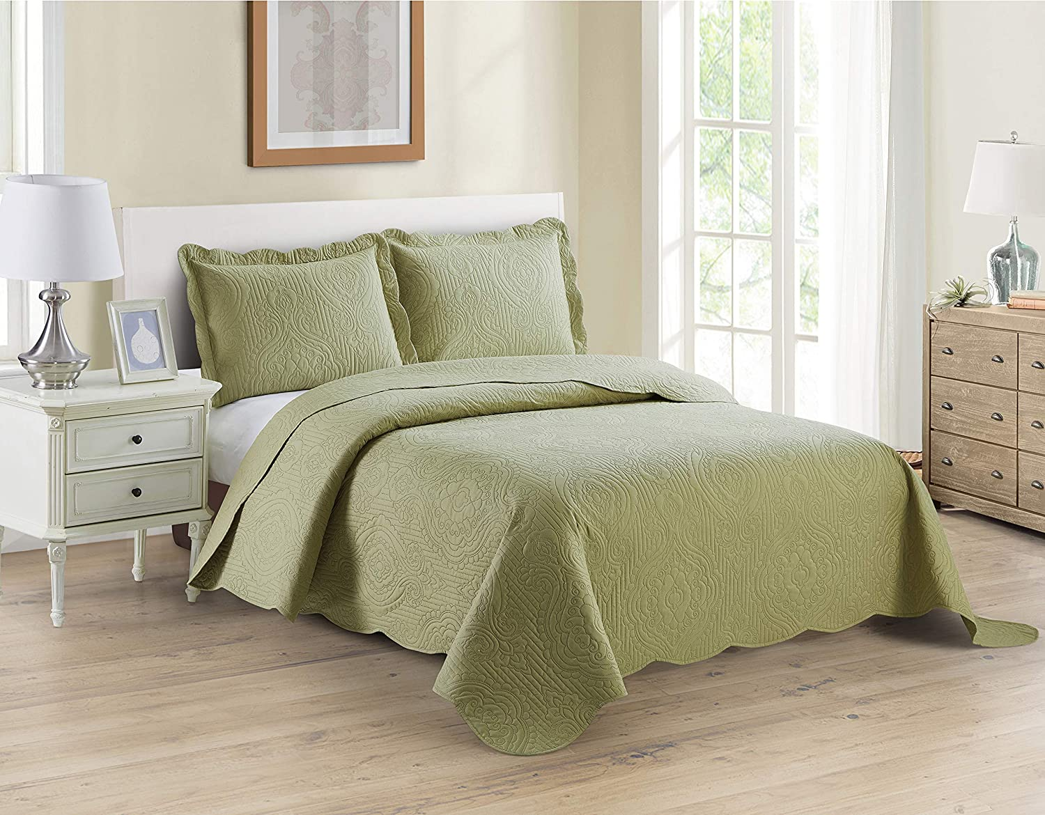 Home Collection 3pc King/Cal King Over Size Luxury Embossed Bedspread Set Light Weight Solid Sage Green New