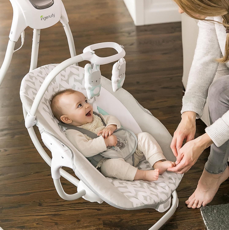 Que vous en ayez besoin dans le salon ou dans la cuisine, il est extrêmement facile de le déplacer grâce à son cadre à roulettes et à sa poignée.