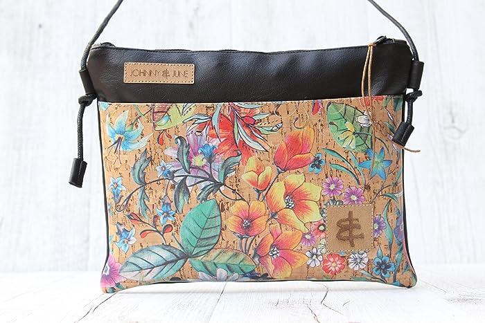 00636eaf841ce Umhängetasche aus Kunst-Leder in SCHWARZ mit Reißverschluss und einer  Aussen-Tasche aus Kork