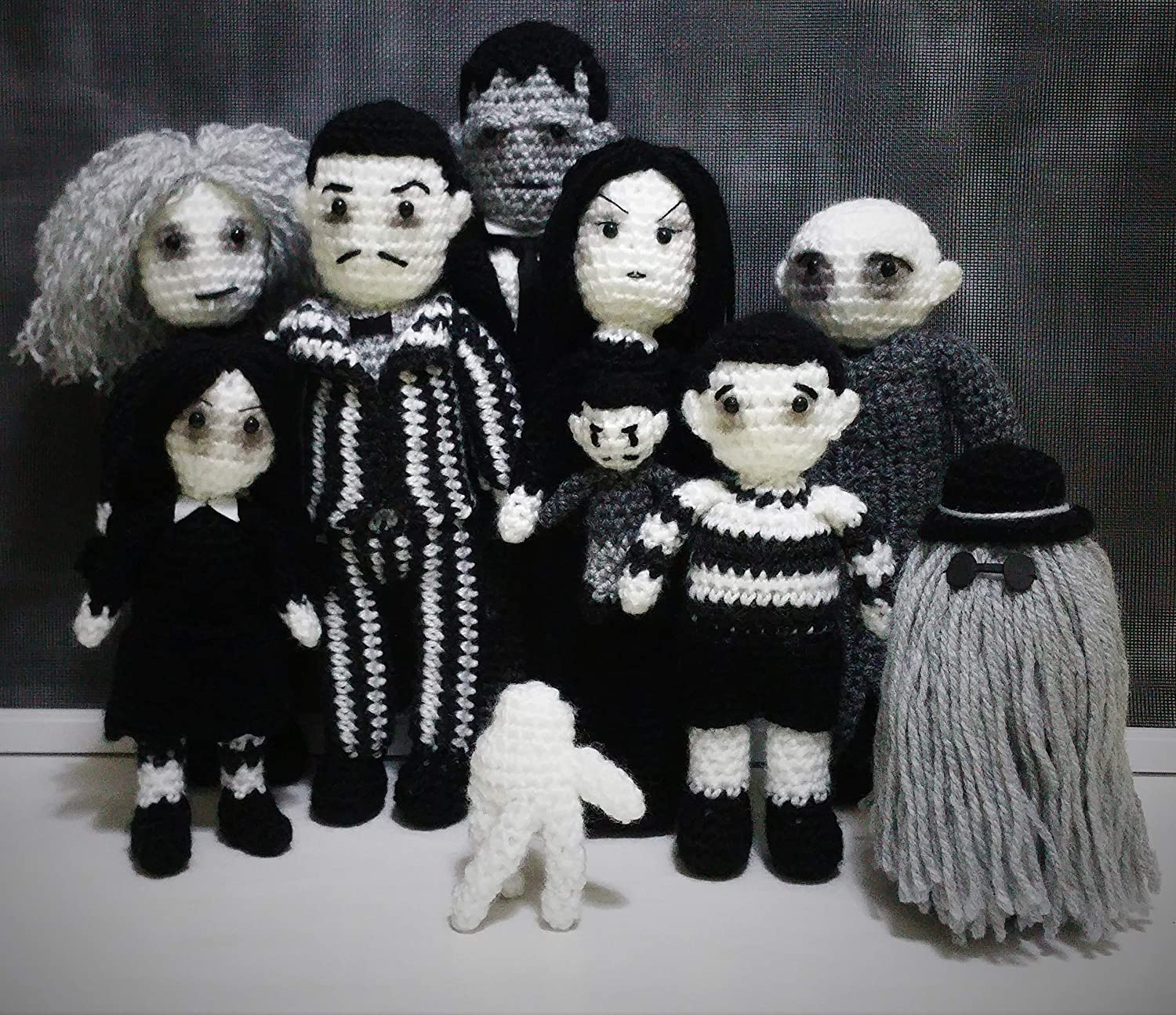 """Select One HANDMADE CROCHET CLOTHING /& ACCESSORIES FOR 10/""""  DOLLS"""