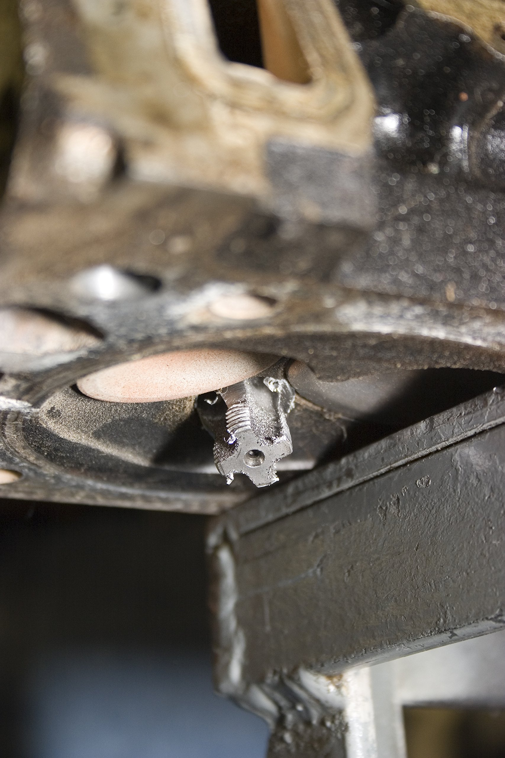 Lisle 65000 M14 x 1.25 Spark Plug Hole Repair Kit with Deep Hole Aluminum Head by Lisle (Image #5)