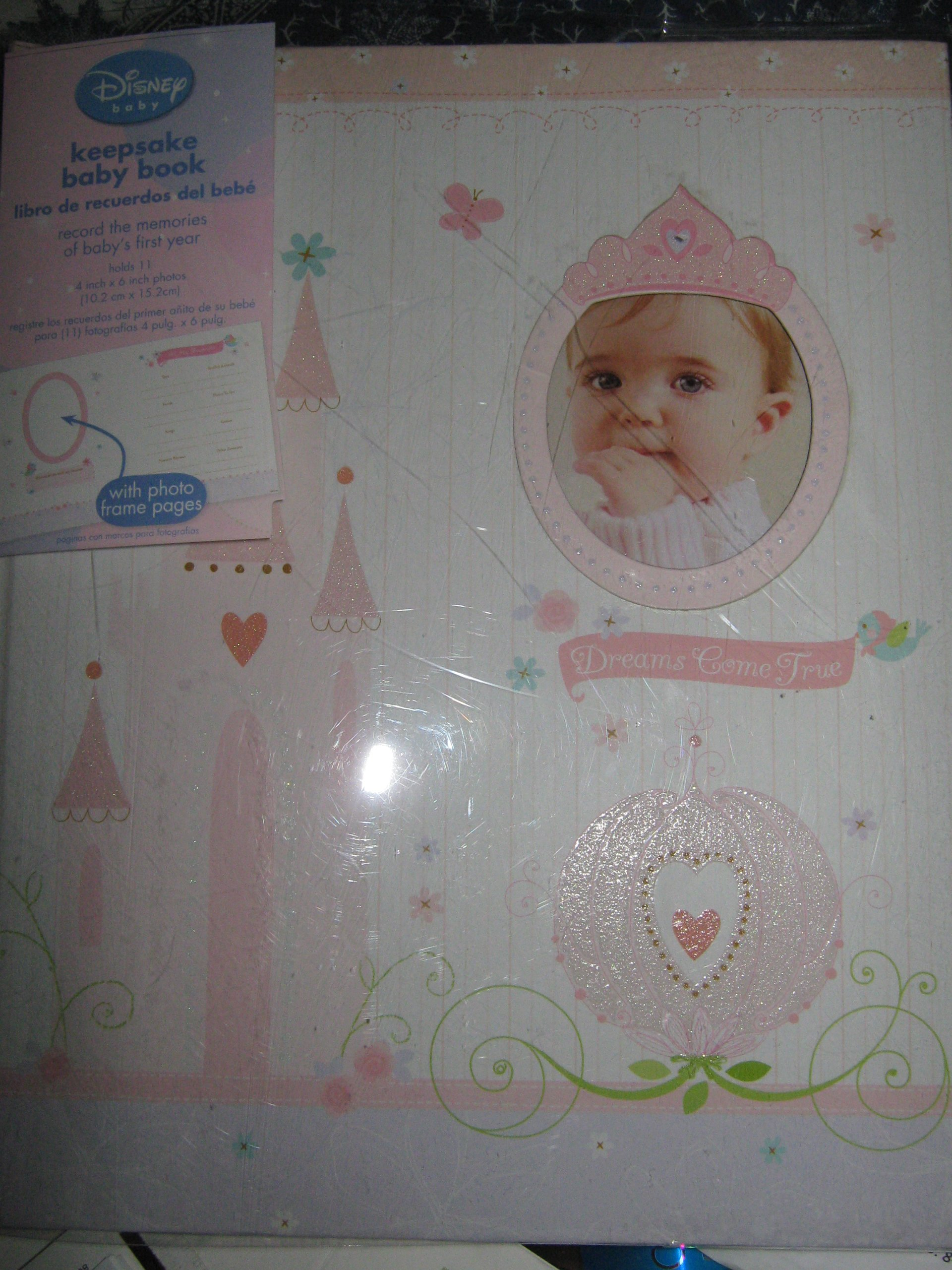 Disney Princess Keepsake Baby's First Year Memory Book for Baby Girl ''Dreams Come True''