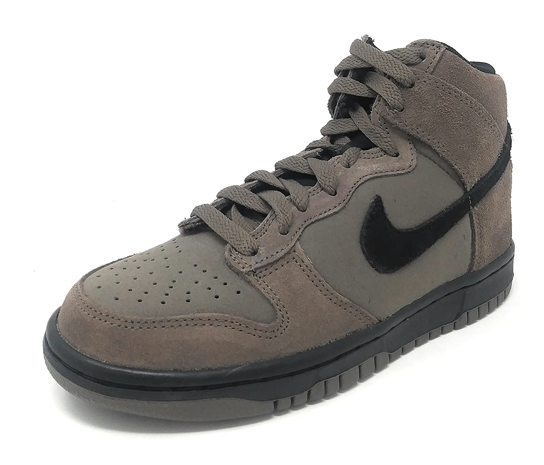 cheaper 1b757 68c29 Amazon.com   Nike Dunk High (GS) Dark Mushroom Black   Sneakers