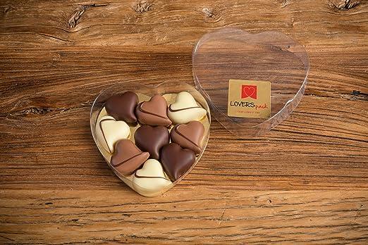 Bombones Románticos LOVERSpack presentados en caja con forma ...