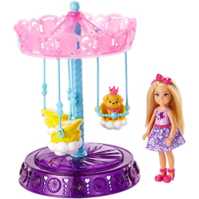 Barbie Dreamtopia Chelsea Doll and Carousel Playset: Toys & Games