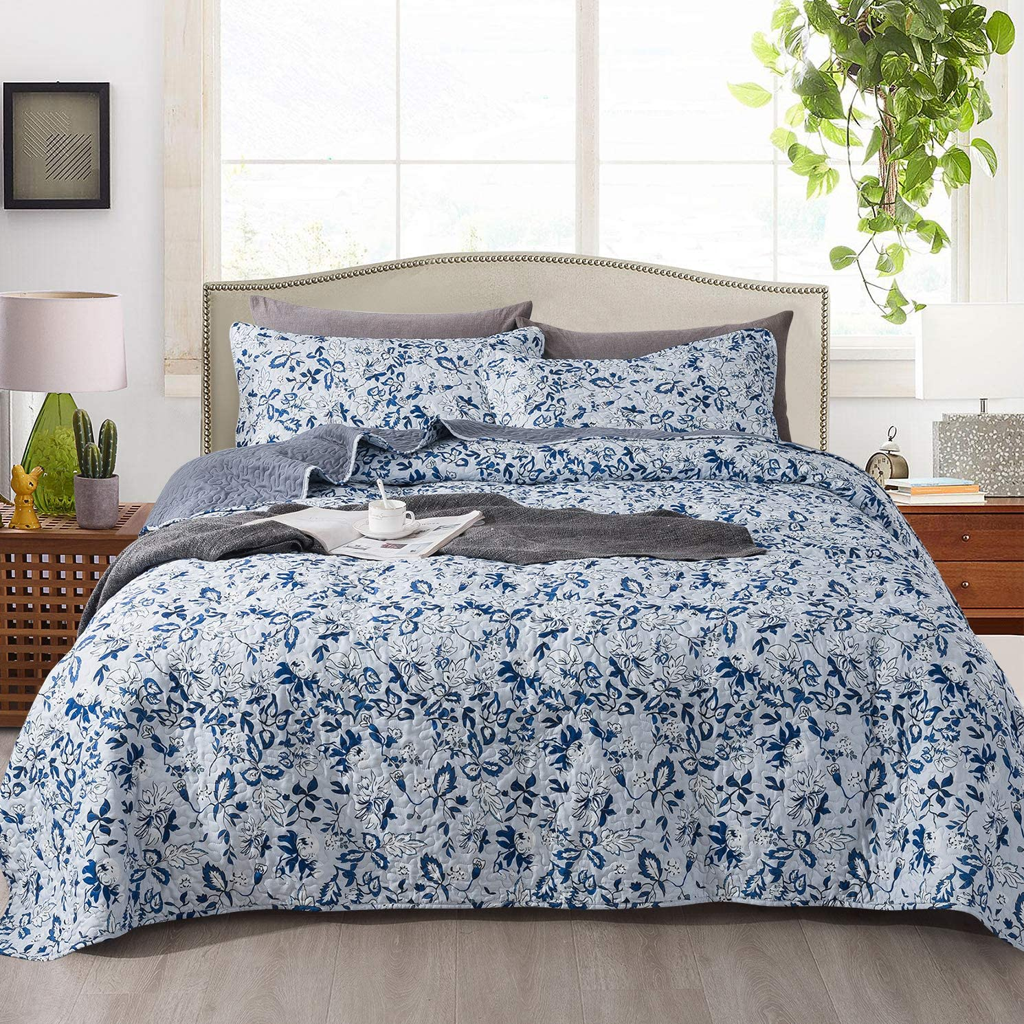 NEWLAKE Quilt Bedspread Sets-Spring Blooming Garden Pattern Reversible Coverlet Set,Queen Size
