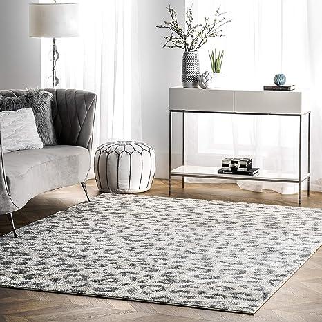 Amazon Com Nuloom Print Leopard Area Rug 5 X 7 5 Gray Furniture Decor