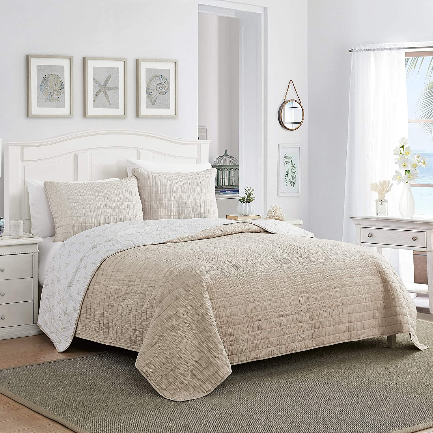 Elegant Comfort Luxury All Season Ultra Soft Enzyme Washed Reversible 1-Piece Quilt Coastal Pattern Crinkle Coverlet Bedspread, King/California King, Taupe/White Starfish