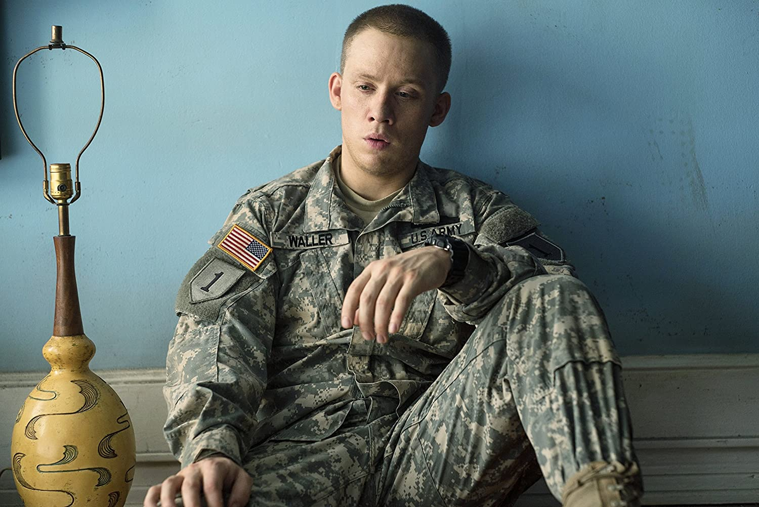 Thank You For Your Service Import Amazon Ca Miles Teller Haley Bennett Joe Cole Amy Schumer Beulah Koale Scott Haze Keisha Castle Hughes Kate Lyn Sheil Erin Darke Kerry Cahill Cecil M Henry Omar