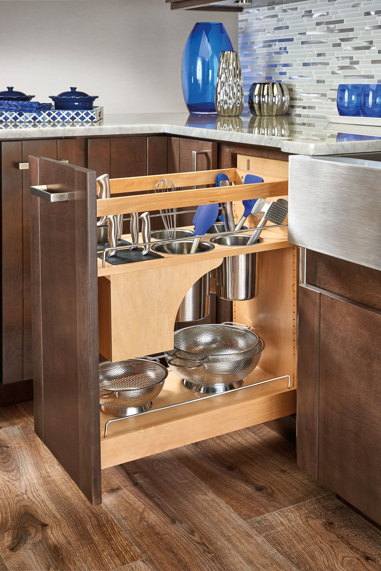 Rev-A-Shelf - 448KB-BCSC-11C - 11 in. Pull-Out Wood Base Cabinet Organizer with Knife Block and Soft-Close Slides by Rev-A-Shelf