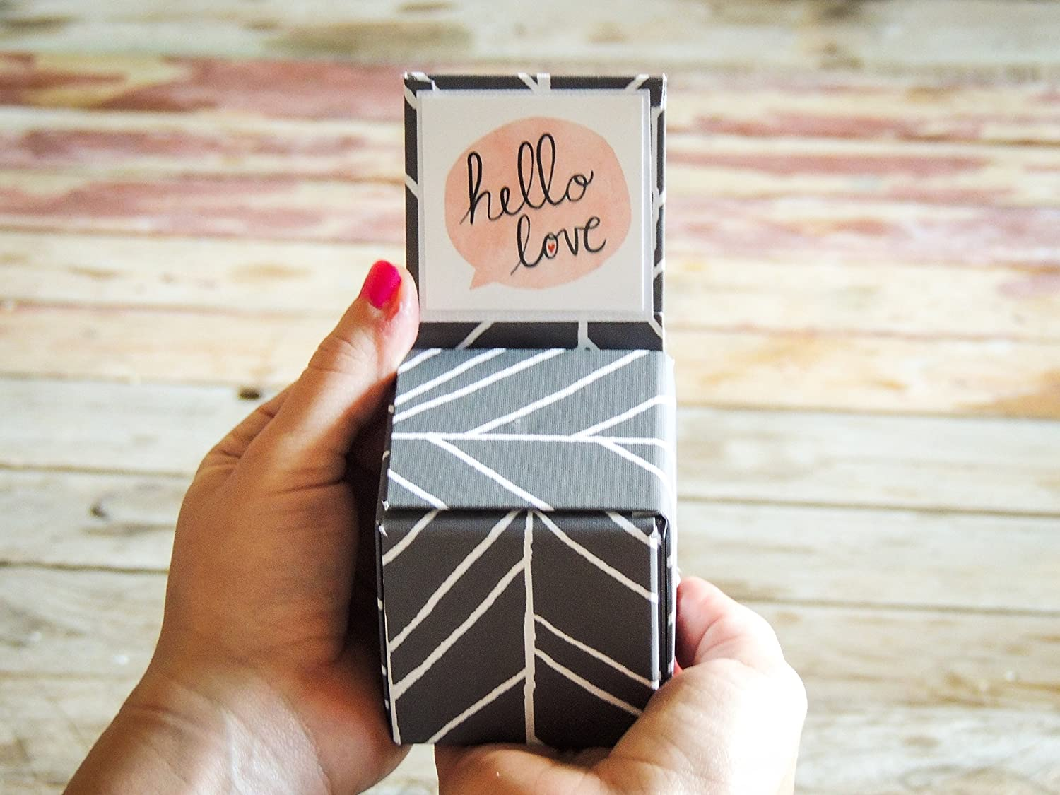 Surprise box to turn all your gifts into amazing moments
