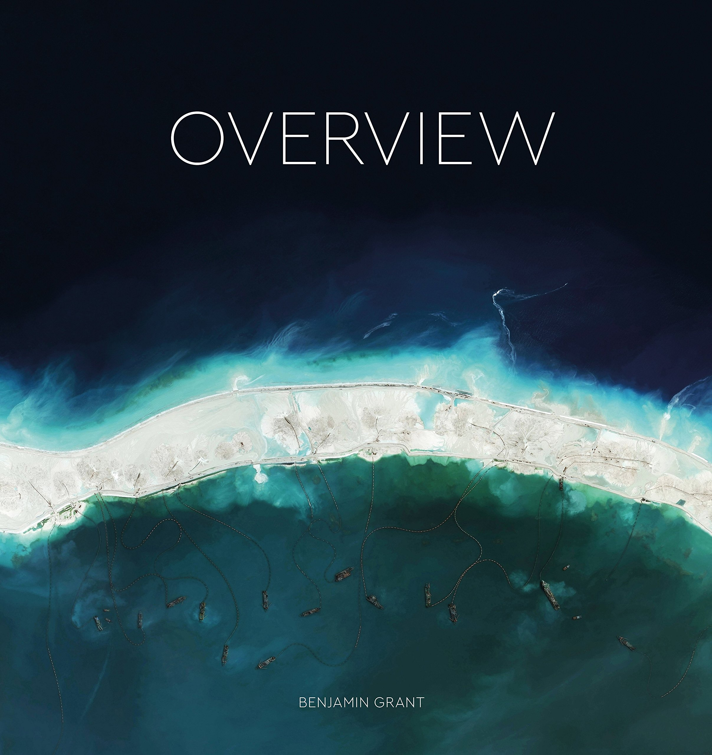 Overview: A New Perspective of Earth: Amazon.co.uk: Benjamin Grant ...