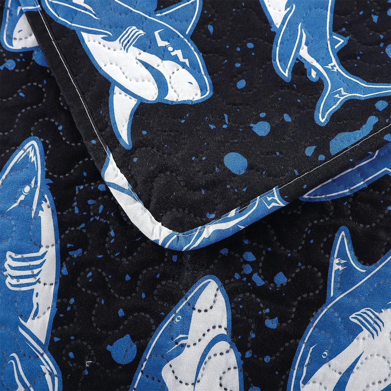Kids Quilt Set Twin Size Boys Cute Quilt Ocean Shark Bedding Boys Printed Bedspread Cartoon Animal Kids Quilts Blue Fish Bedding Summer Lightweight Coverlet Reversible Quilt with 2 Pillow Shams Black