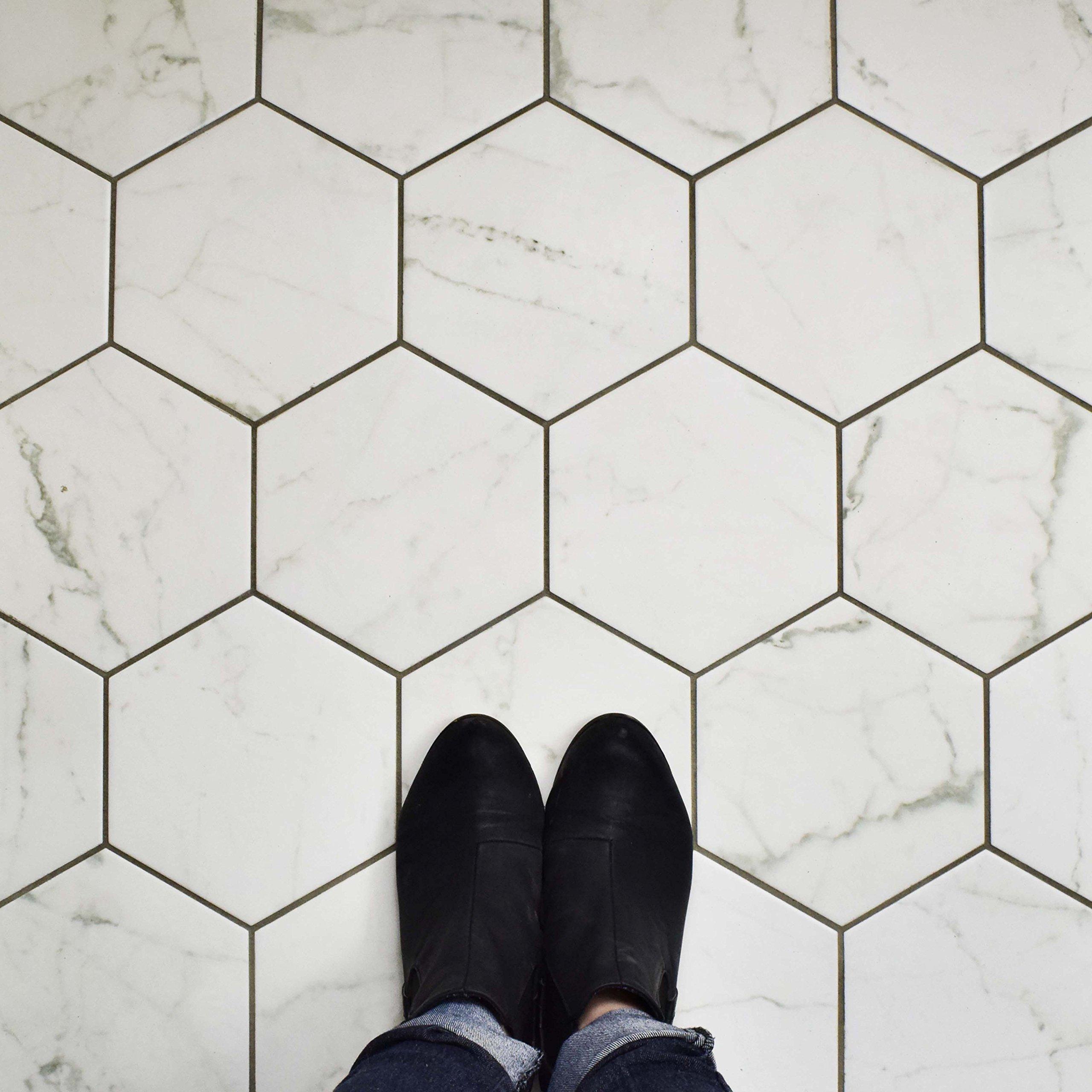 SomerTile FEQCRX Murmur Carrara Hexagon Porcelain Floor & Wall Tile, 7'' x 8'' (Pack of 25) by SOMERTILE (Image #10)