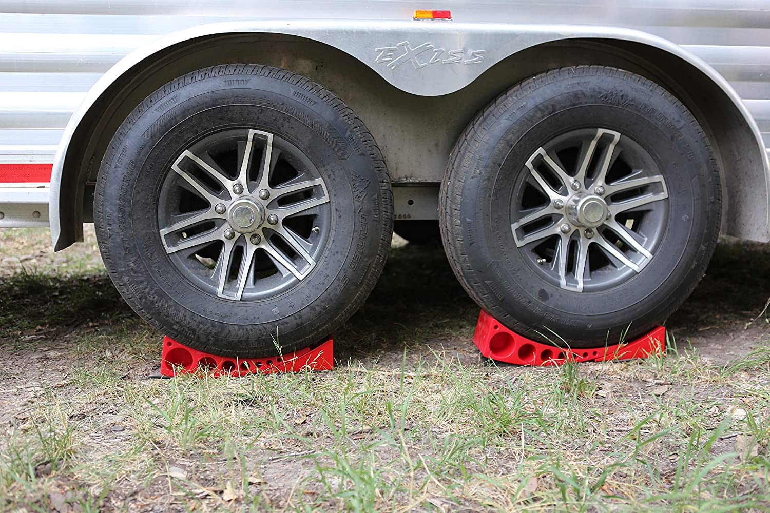 2-Pack Camper Leveler, Chock Kit | Andersen 3604 x2 | Less Than 5 Minutes  to Level Your Camper or Trailer | Levelers for RV | Simply Drive On  Chock