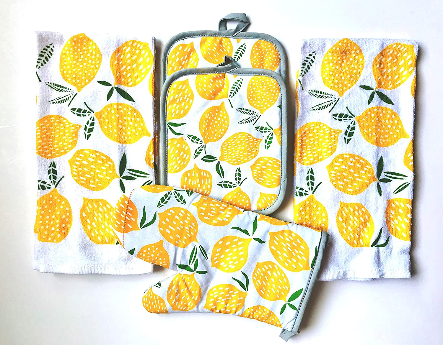 Mainstay 5 Piece Kitchen Set Includes 2 Kitchen Towels, 1 Pot Holders, 2 Oven Mitts (Lots of Lemons)