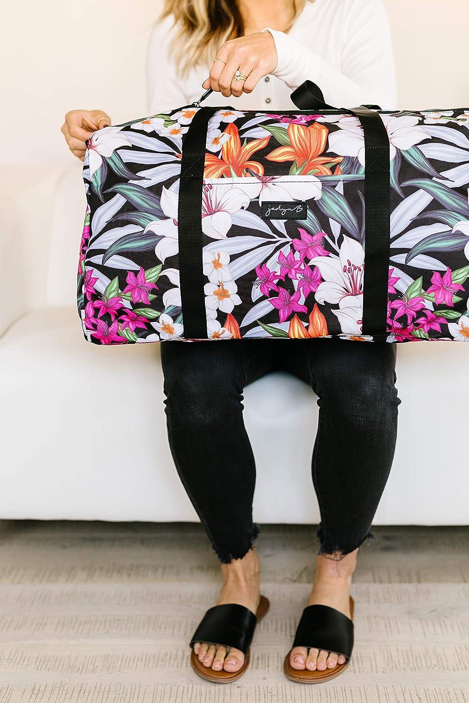 Jadyn B 22 Womens Weekender Duffel Bag with Shoe Pocket Navy Floral