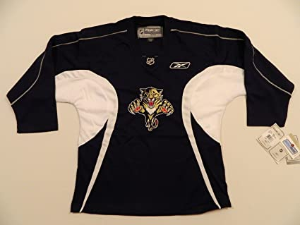 best service 59261 eba40 Amazon.com : Reebok Florida Panthers Youth Practice Jersey ...