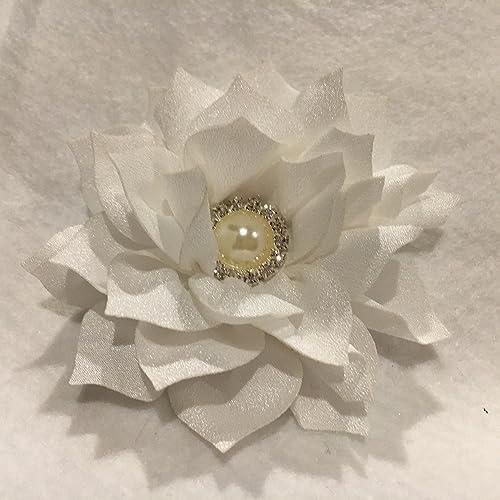 Amazon Com White Flower Lotus Flower Flower Hair Bow Flower Hair