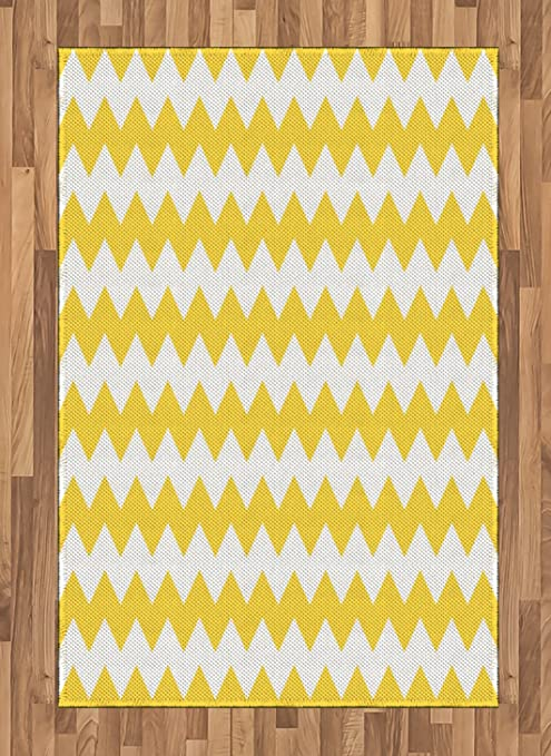 Amazon Com Ambesonne Yellow Chevron Area Rug Old Fashioned Sharp Zigzag Stripes Geometric Sunny Summer Motif Flat Woven Accent Rug For Living Room Bedroom Dining Room 4 X 5 7 Earth Yellow White Kitchen
