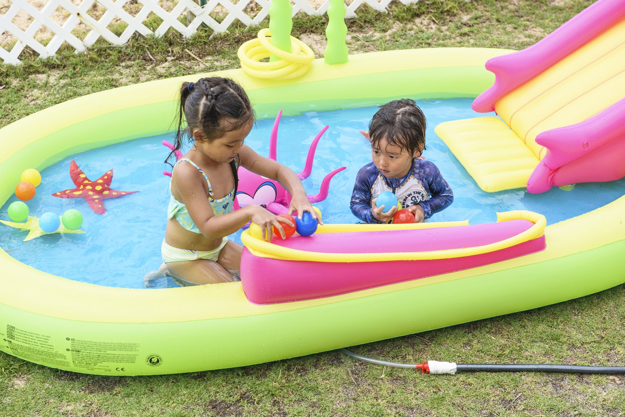Jilong Giant Inflatable Sea Animal Kiddie Play Pool - Inflatable Pool for Kids - Complete with Pool Accessories and Water Activities - 117'' X 65'' X 22'' by JILONG  (Image #8)