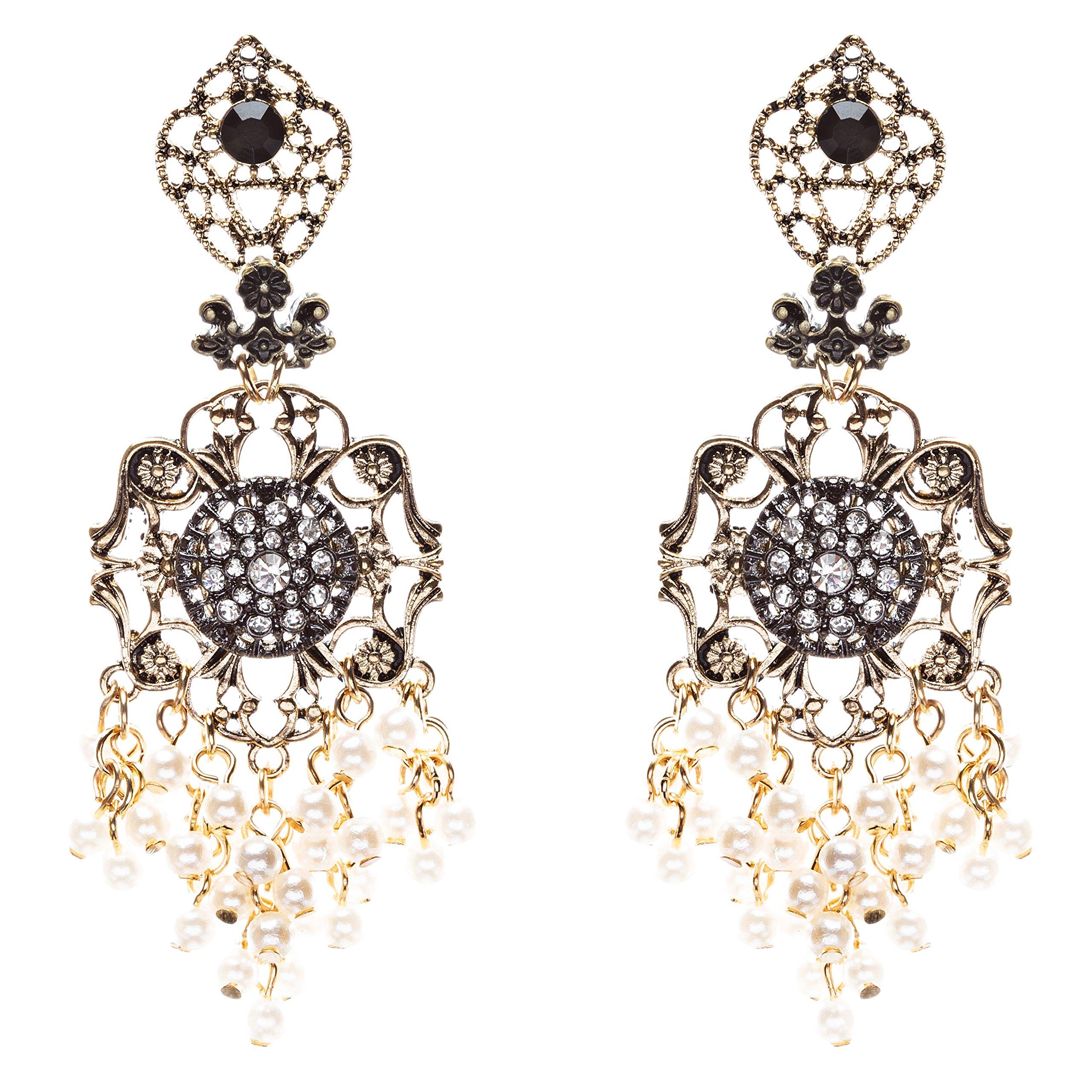 Elegance Fashion Crystal Rhinestone Beautifully Crafted Earrings E812 Cream