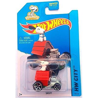 Hot Wheels 2015 HW City Peanuts Snoopy 59/250: Toys & Games