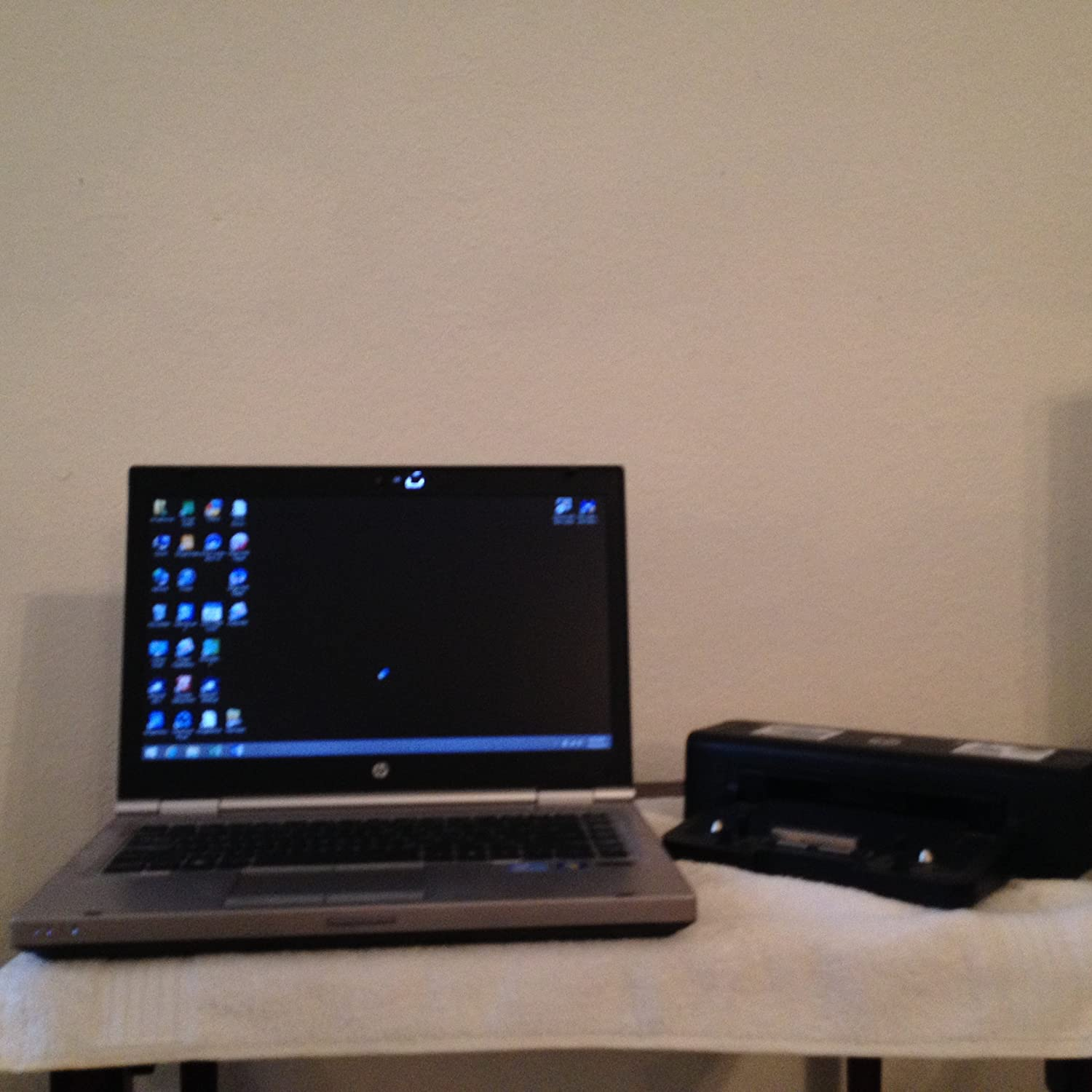 "HP 14"" EliteBook, Intel Core i5-2450M 2.5GHz, 4GB DDR3, 500GB HDD, DVDRW, Windows 7 Pro Notebook"