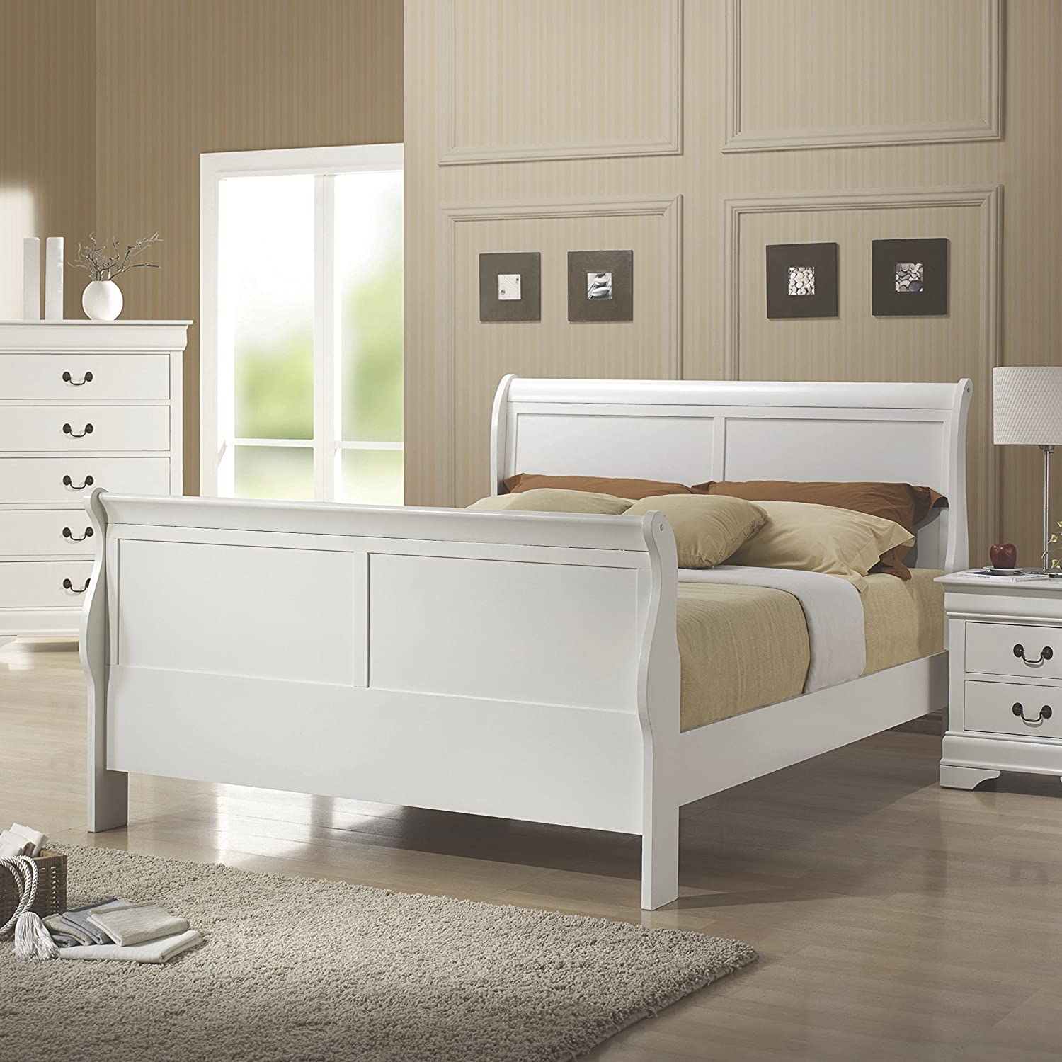 . Coaster Home Furnishings Louis Philippe Queen Sleigh Bed White