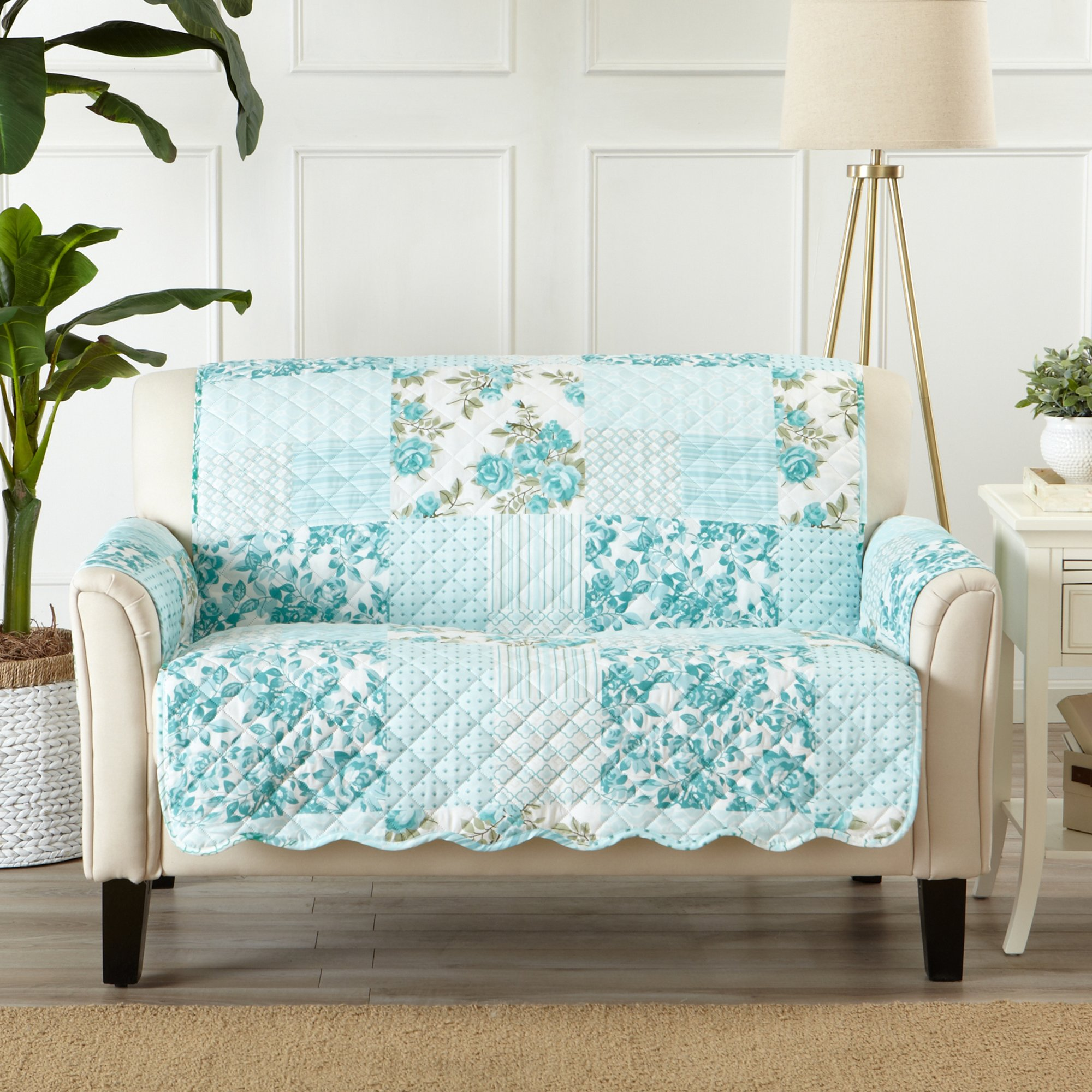 Great Bay Home Patchwork Scalloped Stain Resistant Printed Furniture Protector Brand. (Loveseat, Blue)