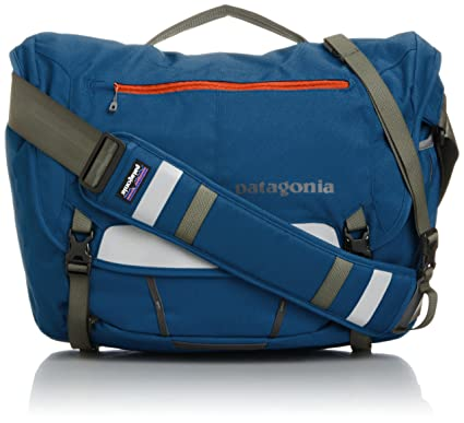 Patagonia Half Mass Messenger Bag Glass Blue  Amazon.co.uk  Clothing db13577ba6ef1