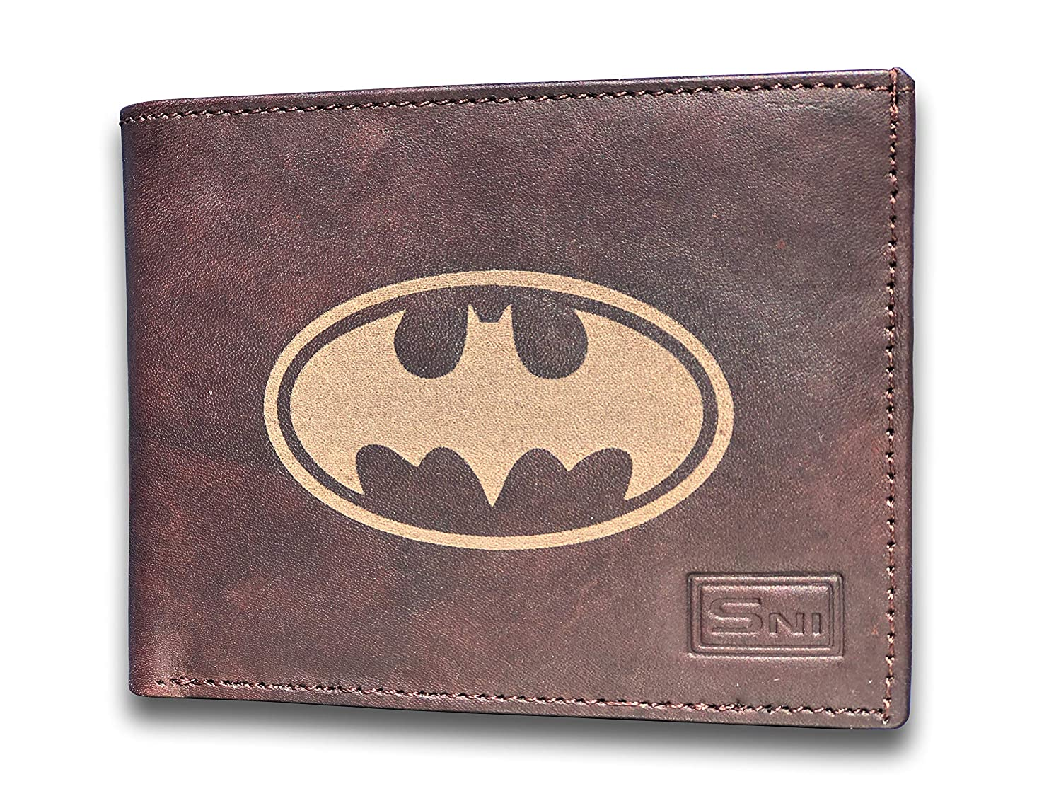 Amazon.com: Batman - Cartera de piel de vaca grabada con ...