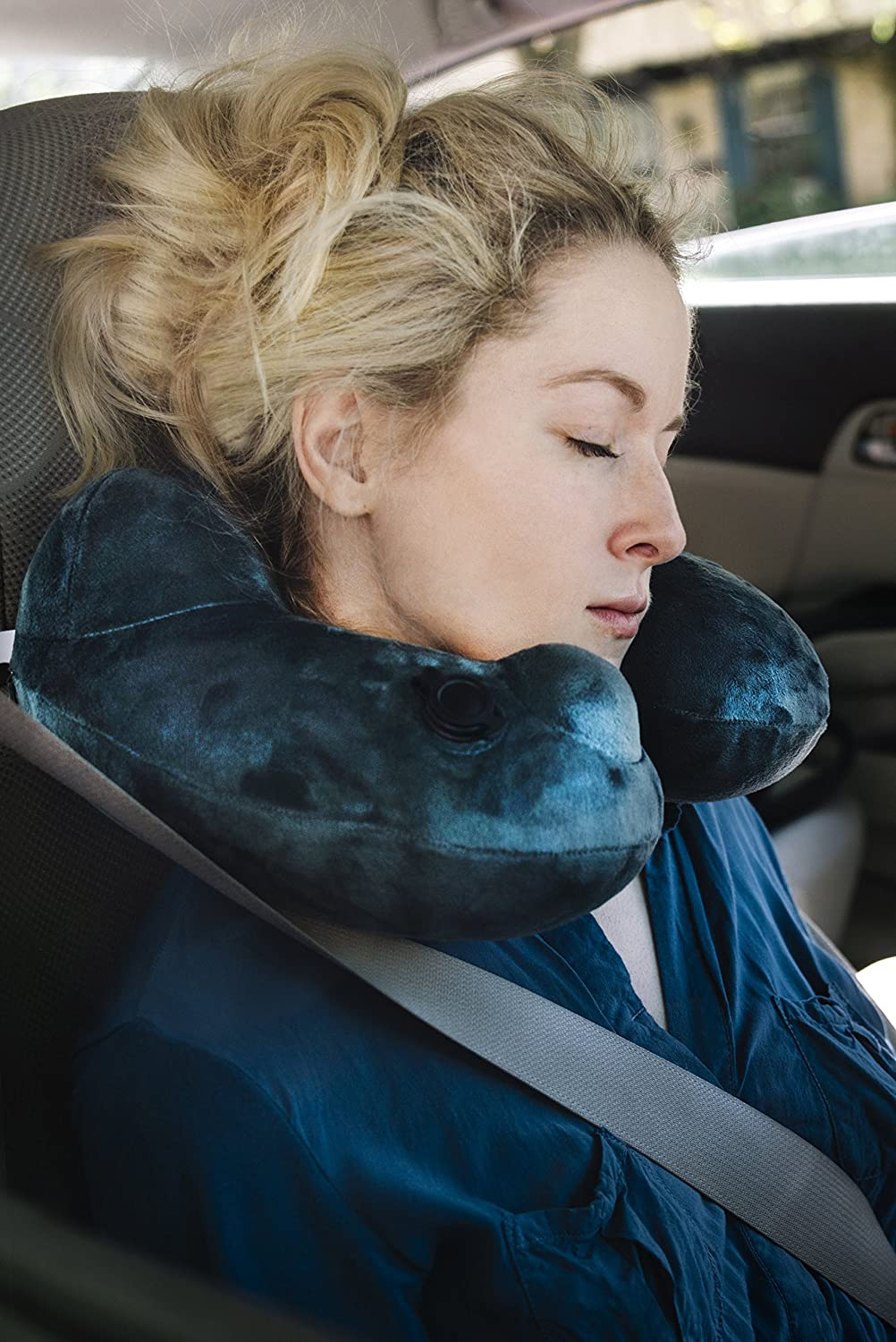 Daydreamer Neck Pillow Luxuriously
