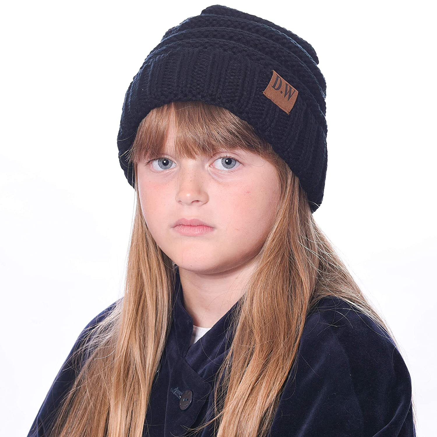 1aca49290f9 Amazon.com  Debra Weitzner Beanie Hats for Kids Unisex Winter Slouchy Beanie  for Girls Boys Toddlers Black  Clothing